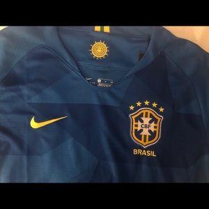 Brand new never worn unisex Nike soccer jersey